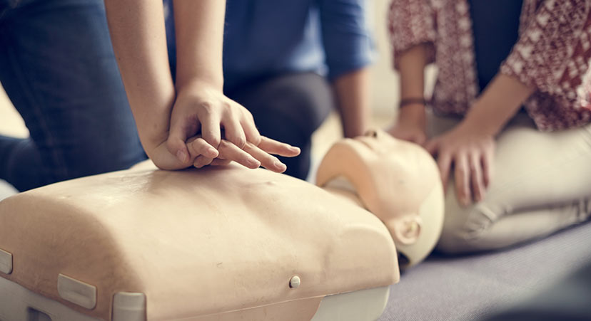 Gå en HLR-kurs och rädda liv